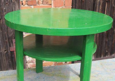 Holztisch grün und rund