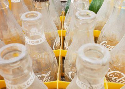 Colaflaschen aus den 60er Jahren